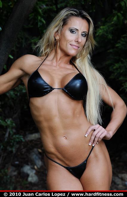 Bodybuilder Feminino: Zhanna Rotar   ANABOLISMO